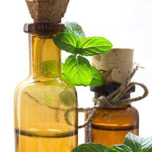 19746611 - essential herbal oil